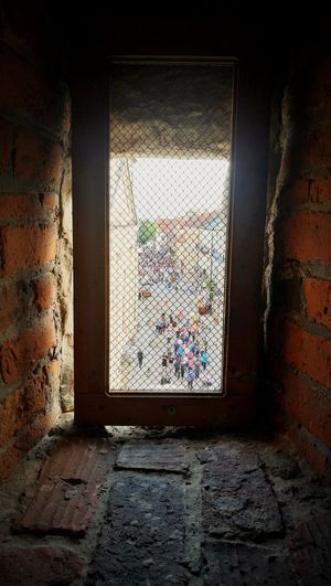 Urban The Street Photographer - 2018 EyeEm Awards The Great Outdoors - 2018 EyeEm Awards Town People Window On The Town Streetphotography Castle Sunny Day Tourism Window Architecture Close-up Built Structure Summer In The City