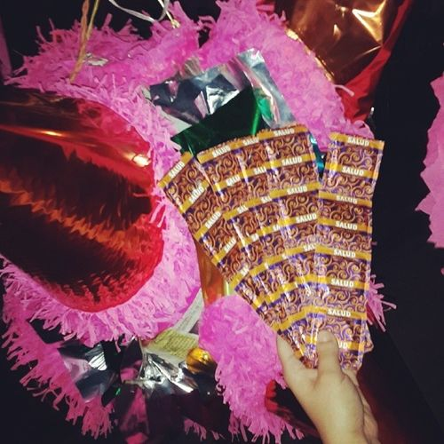 ??? Piñata con Condones Casual Instadesmadre osopolar perdonsonmisamigos yonofui