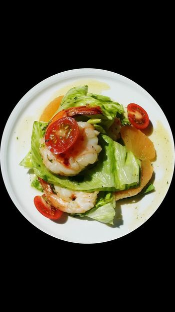 Healthy Eating Plate Food Multi Colored No People Freshness Close-up Fisheye Dining Salad Time Insalata Shrimp Salad Lettuce. Food Photography Restaurant Food And Drink Food Art Yum Fresh Food MISSION:BLACKBACKGROUND EyeEmNewHere