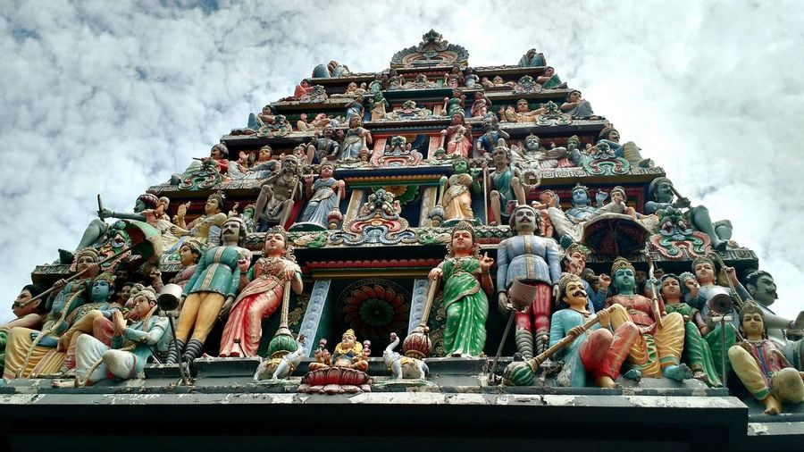 Singapore Temple Little India Indian Temple Statues Religon Place Of Prayer Color Art And Religon