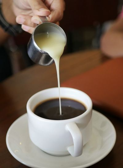 Pouring Milk Kopi Kopisusu Coffee Milk Coffeetime Enjoying Life Kopiindonesia