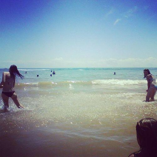 """Gueeeerra de ááguaa o/ Adoooro revirar fotos """"antigas"""" :D Cousin Beach Sun"""