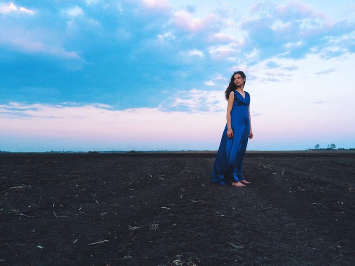 Long Goodbye Travel One Person Childhood Only Women Women Model Multi Colored Horizon Over Water Sunset Silhouette Outdoors Cloud - Sky Nature Scenics Landscape Beauty In Nature EyeEmNewHere Clear Sky Agriculture Live For The Story Lost In The Landscape Go Higher