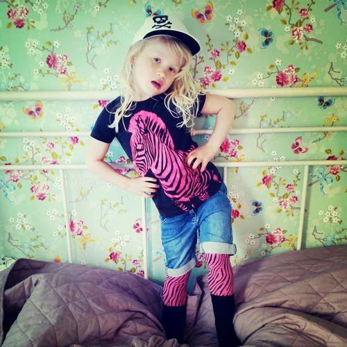 Cool Kids Best  Pretty Girl in sweden