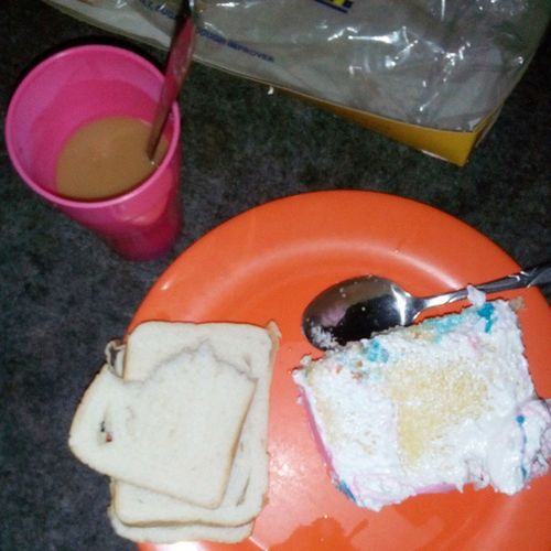 my breakfast! Cake +browncreamynescafe+loaftbread 92414