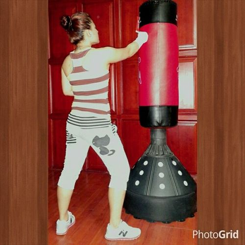 stress and reality reliever...since weekends means heavy workload. . beatingstress Boxing Workingout lesbehonest singlerealitylifegoeson Beatingstress Boxing Workingout Boxing - Sport Boxing Glove Fighting Stance