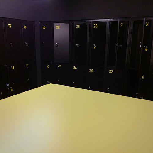 Lockers Black