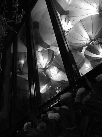 İçerde yağmur.. Window Night Decoration Blackandwhite Low Angle View EyeEm Gallery Colors Umbrellas Kadıköy Rain Rain In The City Cadıköy Cafe