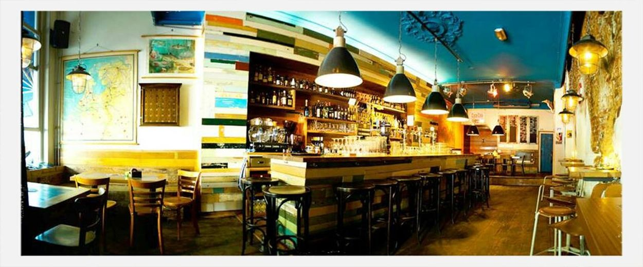 """In de Buurt"" in Zwolle . Best Pub in town. - Interior Travel"