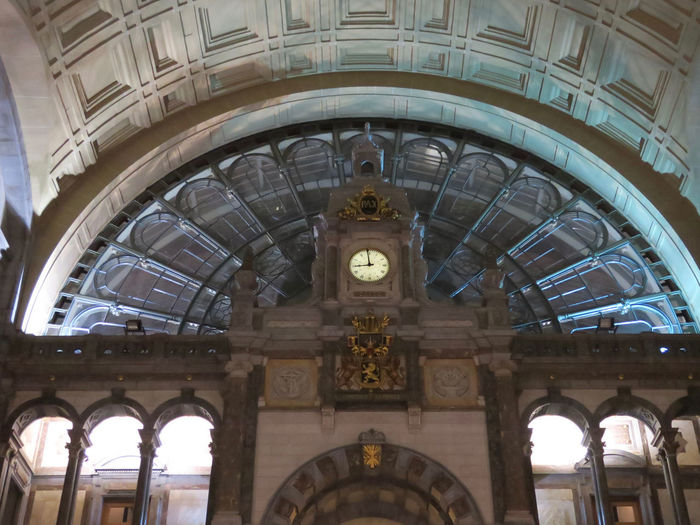 eental hall of the railway station Architecture Arch Built Structure Low Angle View Building Exterior History The Past Building No People Travel Travel Destinations Tourism Ceiling City Clock Architecture And Art Government Arched Ornate Railway Station Central Hall