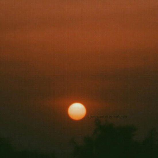 مَ أبي أكونّ الآ معكَ في هامشكَ آوْ في سماكَ ? ~ تصويري  غروب_الشمس سماء_الحساء الآحساء الغروب