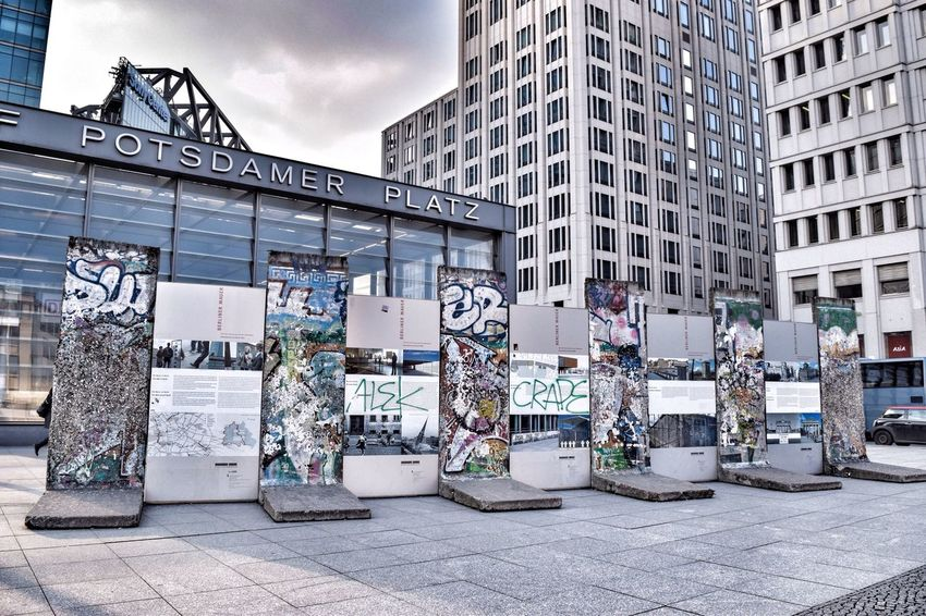 Berlin Berliner Ansichten Berlinstagram Berlin Mitte Berlin Wall Berlin Photography Streetphotography Taking Photos Architecture Cityscapes EyeEm Gallery EyeEm Deutschland Postdamer Platz