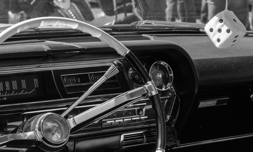 Classic American Car Pictures taken at Cars Bikes and Stripes in Waarland, The Netherlands / Rock n Roll Festival American Car Cars Chrome Classic Classic Car Detail Details Rock N Roll Transport Transportation USA Vehicle Vintage Vintage Cars MeinAutomoment