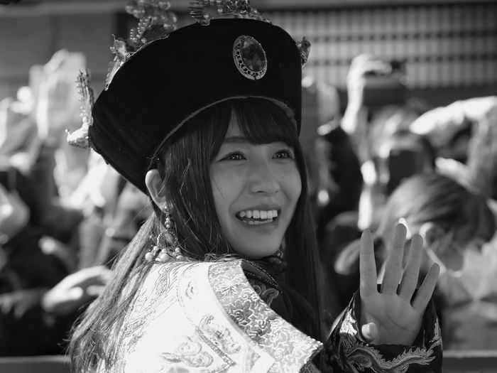 "Empress Smile 2018 : Nagasaki Lantern Festival ""Nagahama neru"" Street portrait black and white Smileing face. 24, February 2018 Keyakizaka Power Exceptional Photographs Smile Japanese Girl Portrait Of A Woman Street Portrait 85mm Empress NAGASAKI LANTERN FESTIVAL 長崎ランタンフェスティバル LEICA DG NOCTICRON 42.5mm/F1.2 ASPH One Shot Photography Street Photography Blackandwhite Young Girl EyeEm Selects Portrait Celebration Focus On Foreground Headshot Real People Happiness One Person"