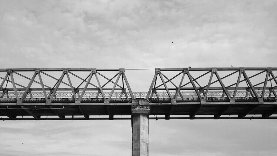 Blackandwhite Bridge