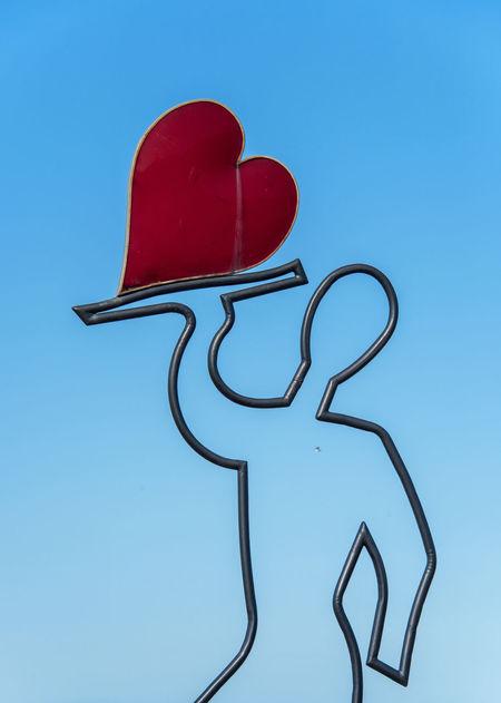 Love sculpture in Batumi Batumi Love Sculpture Adjara Adjara/batumi Batumi Beach Batumi City Black Sea Black Sea Batumi Black Sea Shore Georgia Batumi Heart Heart Shape Love Sculpture In Batumi