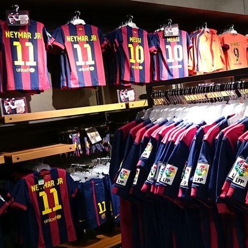 85 евро стоит теперь игровая футболка Barcelona. Раньше вроде дешевле было? Чего так дорого?