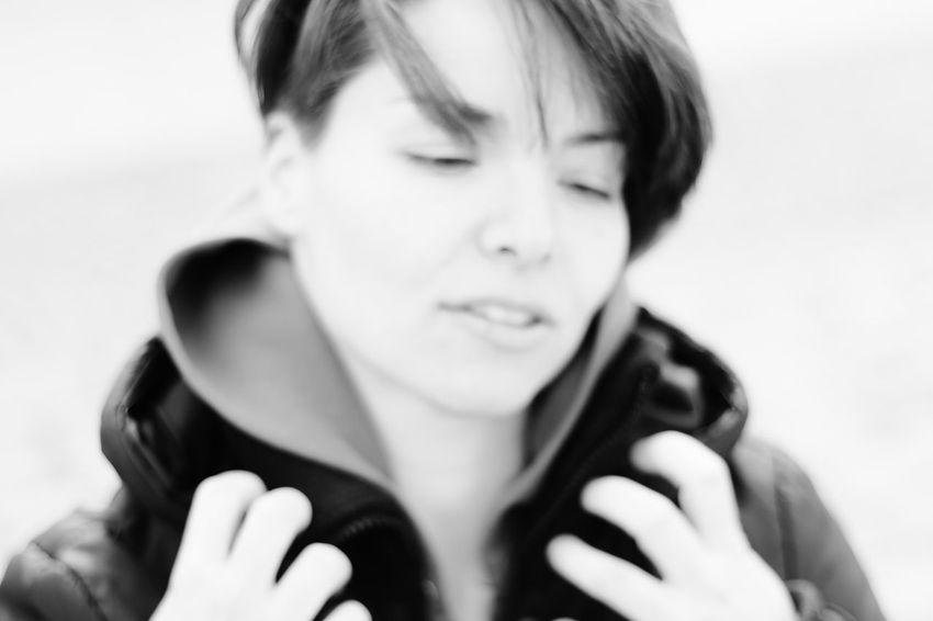 Frau Front View Headshot Human Face Lifestyles Mädchen Nicole Person Portrait S/w Trzoska White Background