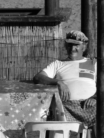 Streetphotography People Blackandwhite Streetphoto_bw Men At Work  Malaga Blancoynegro Bws_worldwide Italianbrother El Espetero