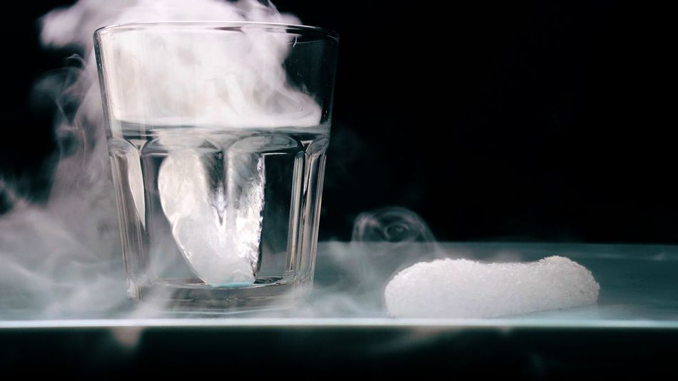 Dry ice and fog Ice Dry Ice Chemistry Experiment Science Science Class Glass Water Carbondioxide Nobody No People Close-up Chemicals Chemical Reaction Sublimation Education Science Experiment!  Science Project