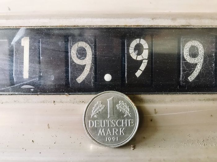 Cash Register Money Coin Currency Deutsche Mark German Currency Number Communication Text No People Close-up Western Script Indoors  Geometric Shape Circle Capital Letter Shape Instrument Of Measurement Accuracy Information