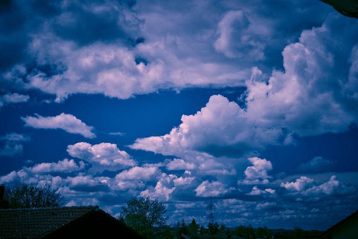 Allgäuer Landschaft Bavarian Landscape Blue Eyes Clouds And Sky Light Silouette And Shadows Sky Sunset #sun #clouds #skylovers #sky #nature #beautifulinnature #naturalbeauty #photography #landscape