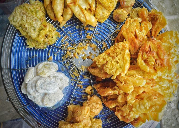 Banana fritters Banana Fritters Fried Banana Fried Kolo Fried Bread Fruit INDONESIA Indonesian Snack Indonesian Food Circle Travel Food And Travel Close-up High Angle View No People Fragility Day Outdoors Beauty In Nature Freshness Business Stories