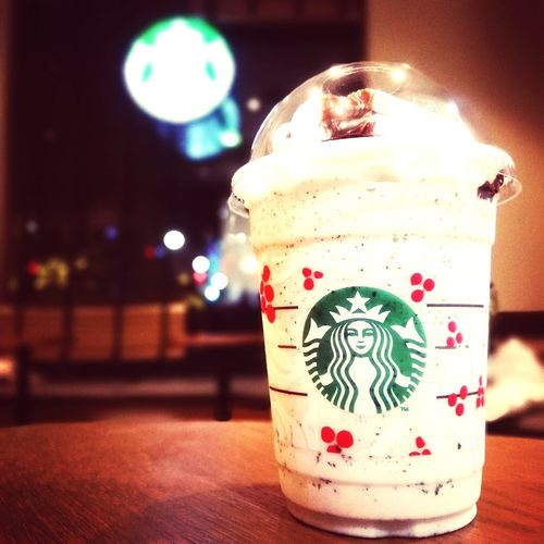 Starbucks フラペチーノ スターバックス Cafe Coffee Cafe Time Christmas Starbucks Frappuccino Christmastime Frozen Food Ice Cream Close-up First Eyeem Photo