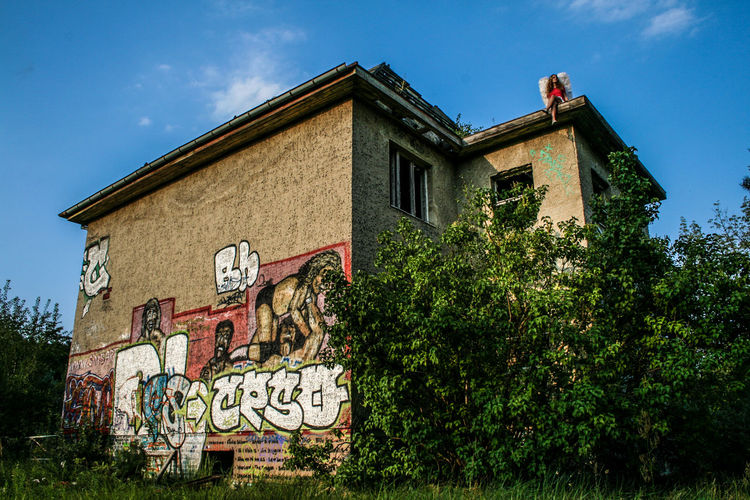 One Day Angel Angels Buying Drugs Dreaming Drugs Extasy Eye4photography  Girl Girls High Highlife Model Old Old Buildings Oldschool Photo Photography Smoking Weed Sprayart Spraypaint Urban Urban Landscape Urbanphotography Weed Woman