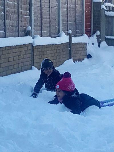 Fun times Family Fun Times ^_^ Taking Photos Snow ❄ Snow Weather Cold Temperature Kids
