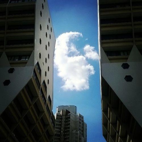 Escape Freedom Paris Crimée Houd Buildings Cloud Sky City