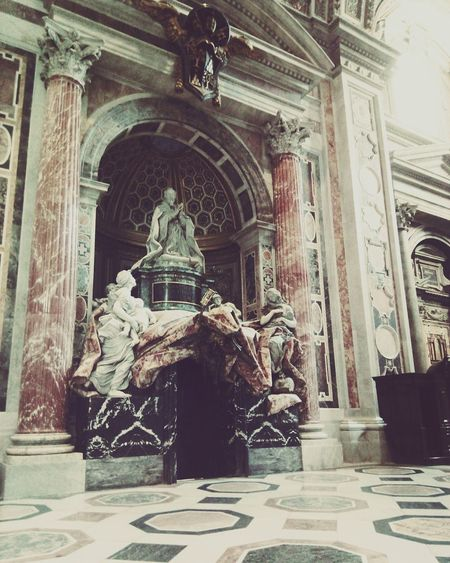 Statue Architecture Built Structure City Tb History Roadtorome Roma VaticanCity Romeitaly Italia BasilicaDiSanPietro Basilicadesanpedro Dreaming Travel Destinations High Angle View Luz Light