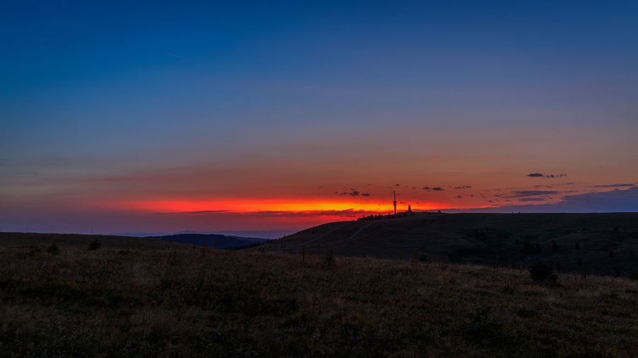 Sonnenuntergang auf dem Feldberg, fotografiert im August 2017 Beauty In Nature Landscape Mountain Nature No People Orange Color Outdoors Scenics Silhouette Sky Sunset Tranquil Scene Tranquility