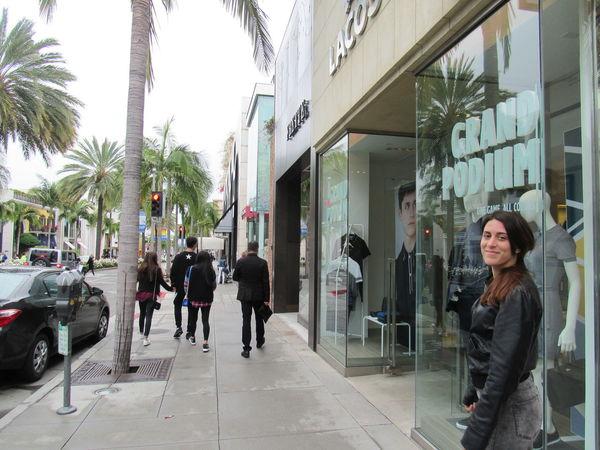 Beverly Hills Beverly Hills, CA Beverlyhills California Palm Tree People Tree Walking Women