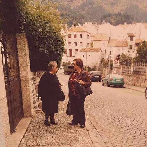 Morning news. Beirabaixa Manteigas Serradaestrela Street chat women