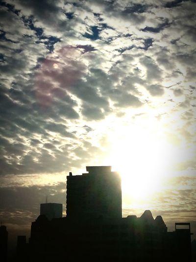 Cloud - Sky Sunbeam Sunlight Urban Skyline Cityscape Nature Outdoors Sun Thenaturallight Suun🌞 Skyquake