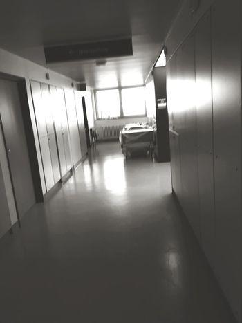diese Flure sind oft endlos .aber notwendig . #unheimlich #photography #vorletzterweg Prison Corridor Door