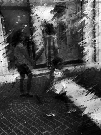 Travels Italianeography Street Photography Taking Photos Streetphotography Shootermag AMPt_community IPhoneArtism Mob Fiction People Black & White