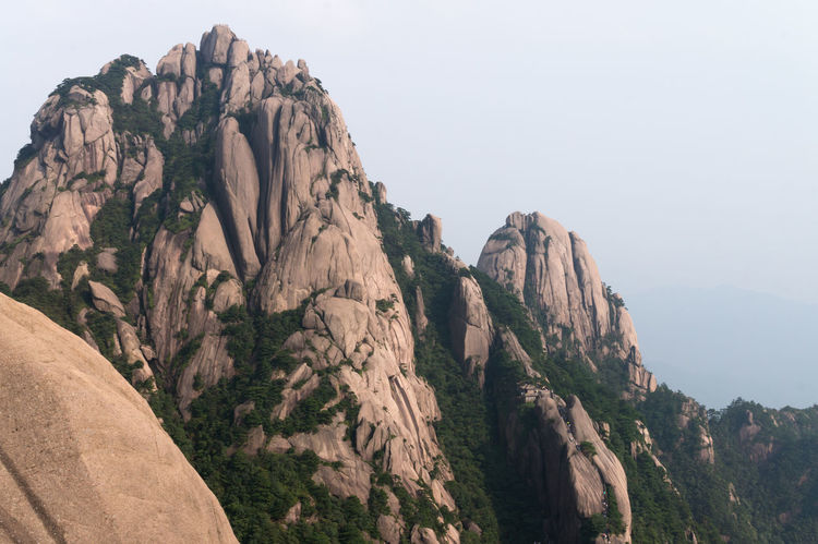 Adventure ASIA Beauty In Nature China Cliff Day Geology Huangshan Mountain Nationalpark Nature Outdoors Remote Rock Rock Formation Rocky Mountains Scenics Sky Travel Destinations Wanderlust