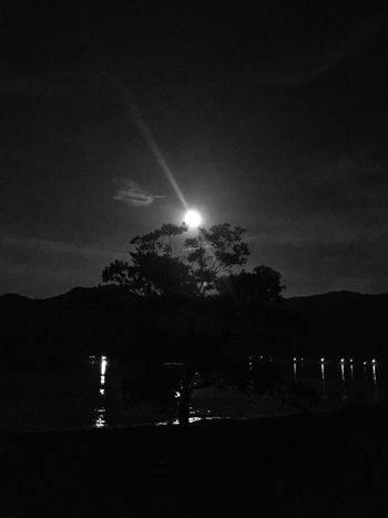 Moon Moonlight Moody Sky Beauty In Nature Coast IPhoneography Iphone 6 Plus Nature Monochrome 十六夜の月