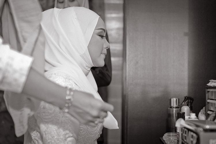 EyeEm Selects Domestic Room Women Standing Domestic Life