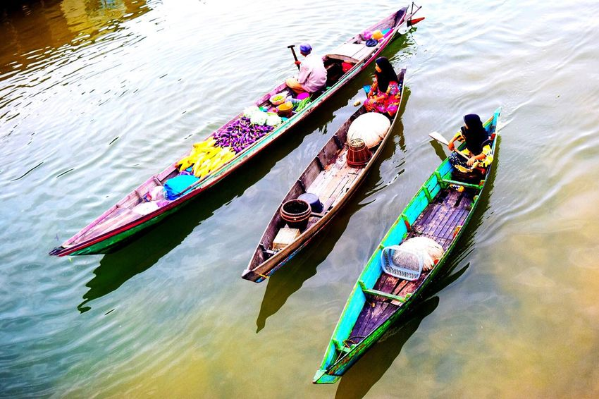 South Borneo Floating Market Floatingmarket Banjarmasin Lokbaintan River View