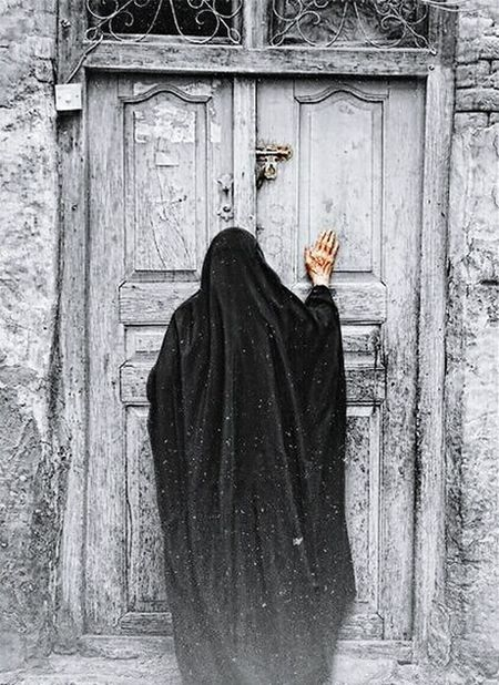 Built Structure One Person Outdoors Wood - Material Building Exterior Day Adults Only Adult Men One Man Only People Architecture Woman And Door Black And Woman Mystery Faith Faithful Woman Bare Hand Mistic Place Mistic Atmosphere