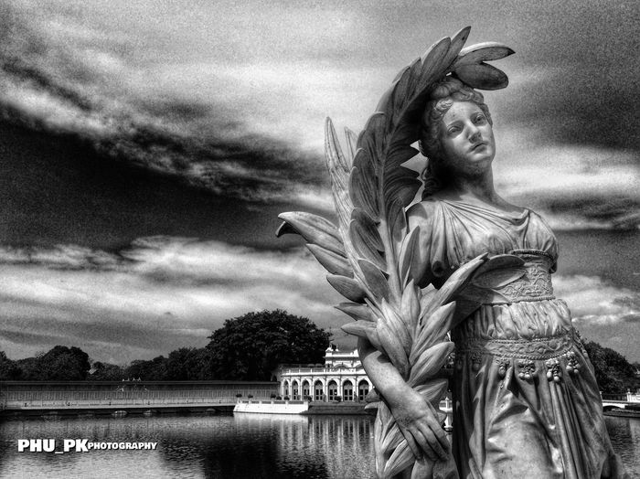 Statue HDR