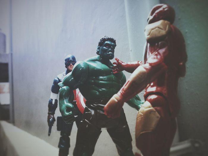Civil war by my version EyeEm 2016 EyeEm Indonesia Showcase March Civil War Captain America Hulk Iron Man Toy Photography EyeEm Best Shots