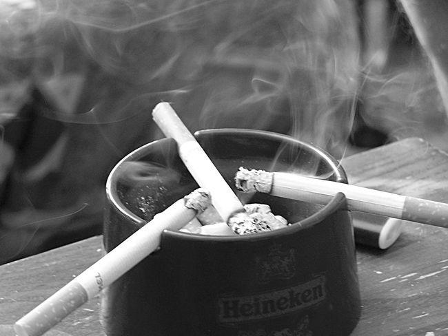 Smoke Smoking Cigarette  Black And White Biutiful