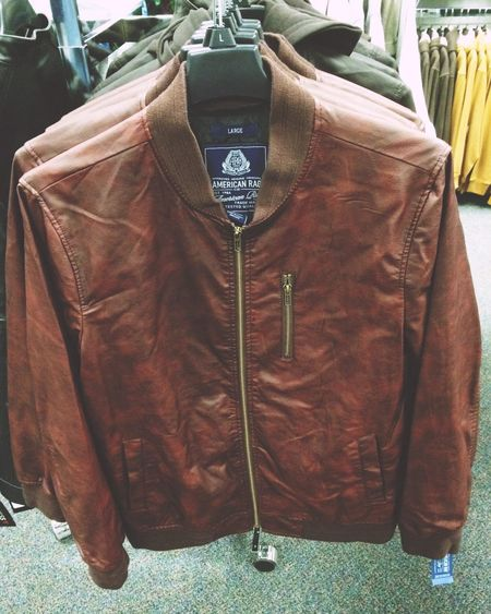 I want this jacket. It kinda reminds me of the jacket that Ryan Gosling wore in The Place beyond the pines. Capture The Moment The Place Beyond The Pines Ryan Gosling Jacket Leather Jacket