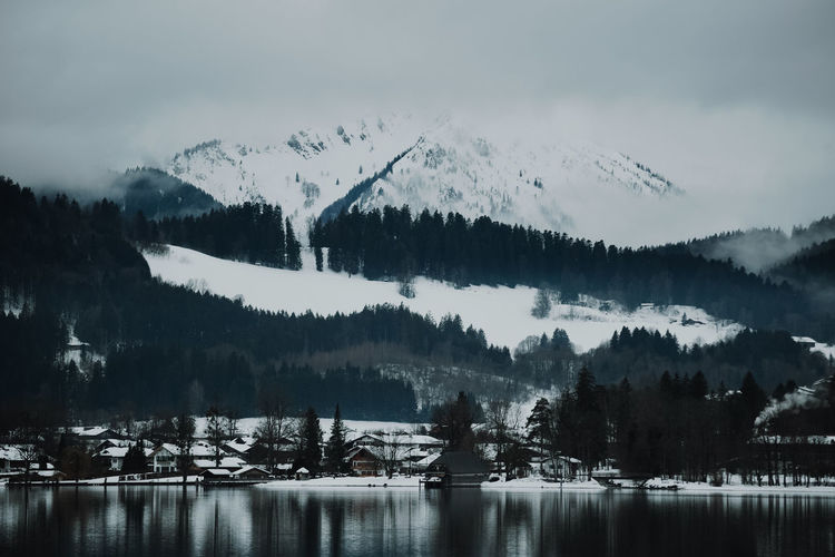 Winter lake Water Lake No People Nature Outdoors Lake View Footbridge Winter Wintertime Winter Wonderland Snowcapped Mountain Snowcapped Cold Temperature Cloudy Foggy Cool Mountain Tegernsee Bavaria Bayern Germany Landing Stage Mountains Lakeshore Lakeview