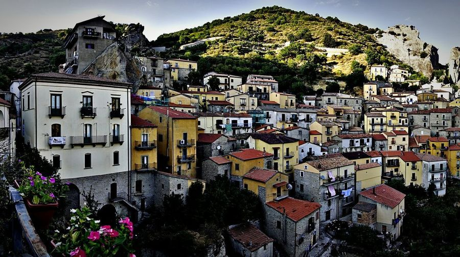 Architecture Building Exterior Built Structure Outdoors No People Travel Destinations Day Multi Colored City Sky Tree Cityscape The Week On EyeEm Travel History Paesedellestreghe Basilicata Bella Scoperta Tranquility EyeEmNewHere Travel Photography Maxepersonalphoto Castelmezzano HDR 2017 Italy🇮🇹