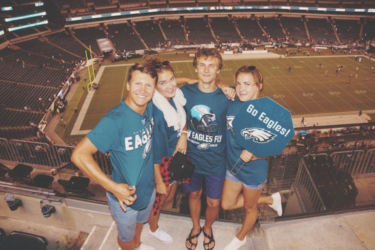 Urban Escape fly Philadelphia Eagles